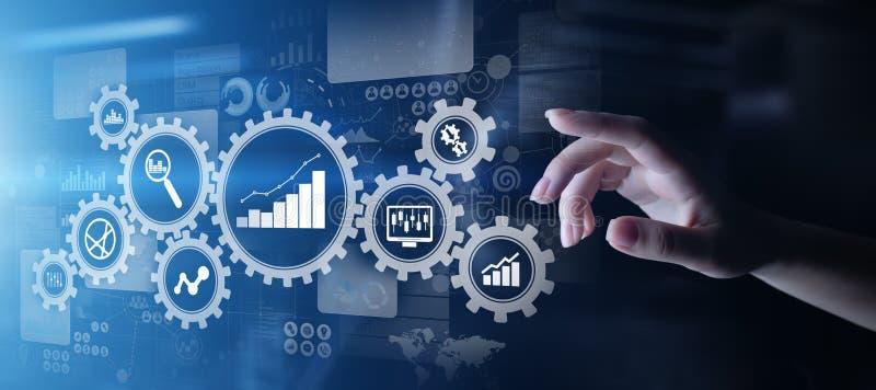Análise de Big Data, de analítica do processo de negócios diagramas com engrenagens e ícones na tela virtual ilustração royalty free