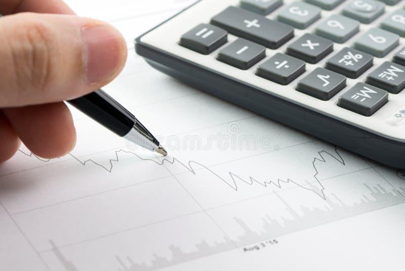 Análise do mercado de valores de ação imagens de stock royalty free