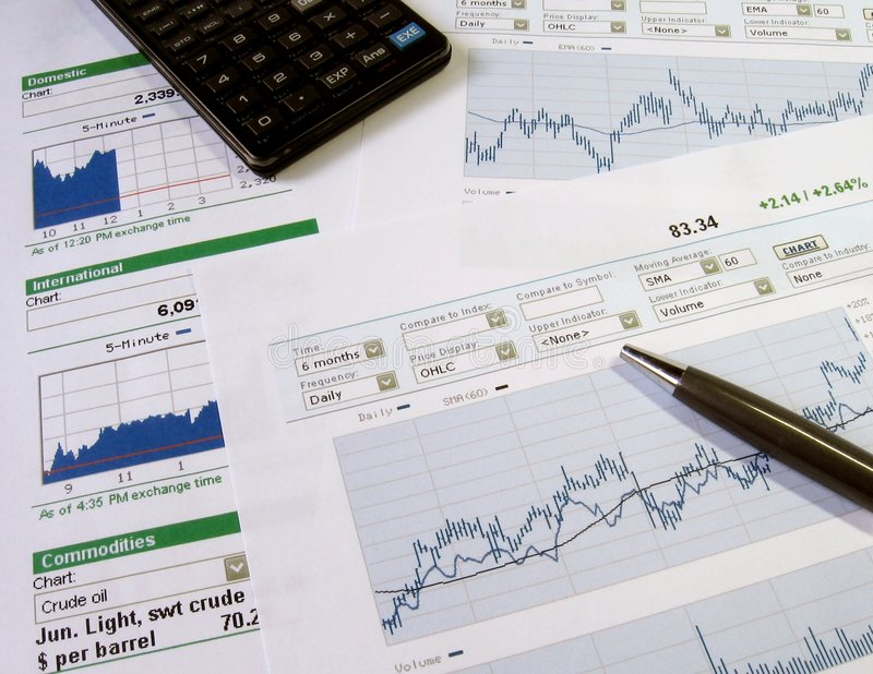 Análise do mercado de valores de acção fotografia de stock royalty free