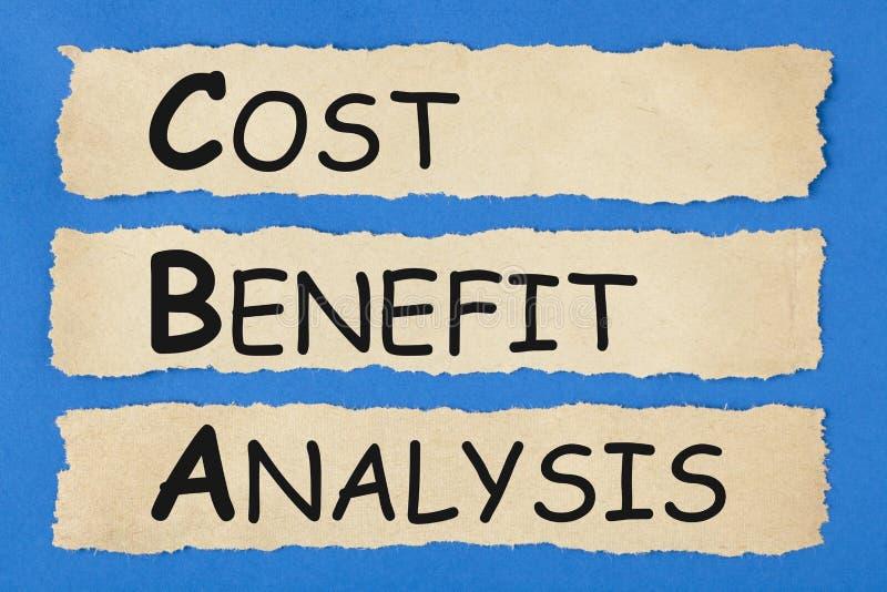 Análisis de costes y beneficios CBA imagen de archivo libre de regalías
