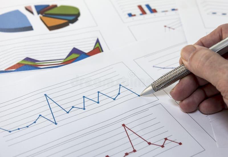 Análisis de gráficos de los datos imagen de archivo