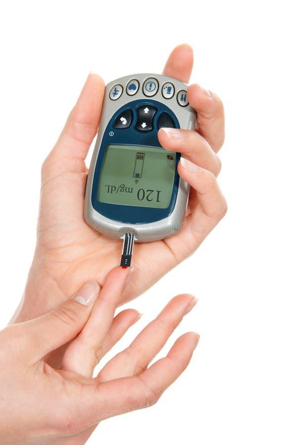 Análisis de sangre llano de medición paciente de la glucosa de la diabetes usando ultra foto de archivo