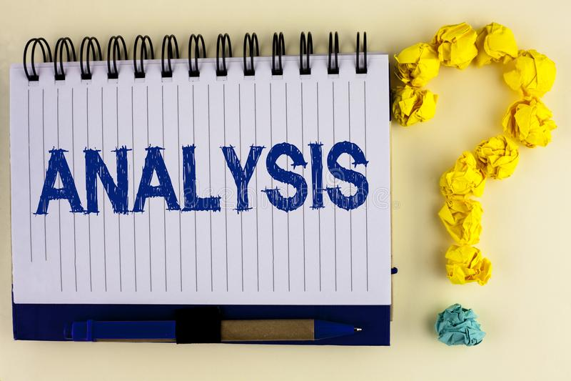 Análisis del texto de la escritura de la palabra Concepto del negocio para los planes analíticos estratégicos para el nuevo desar fotos de archivo
