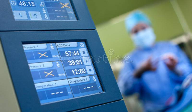 Anästhesiechirurgiemonitoren Stockfotos