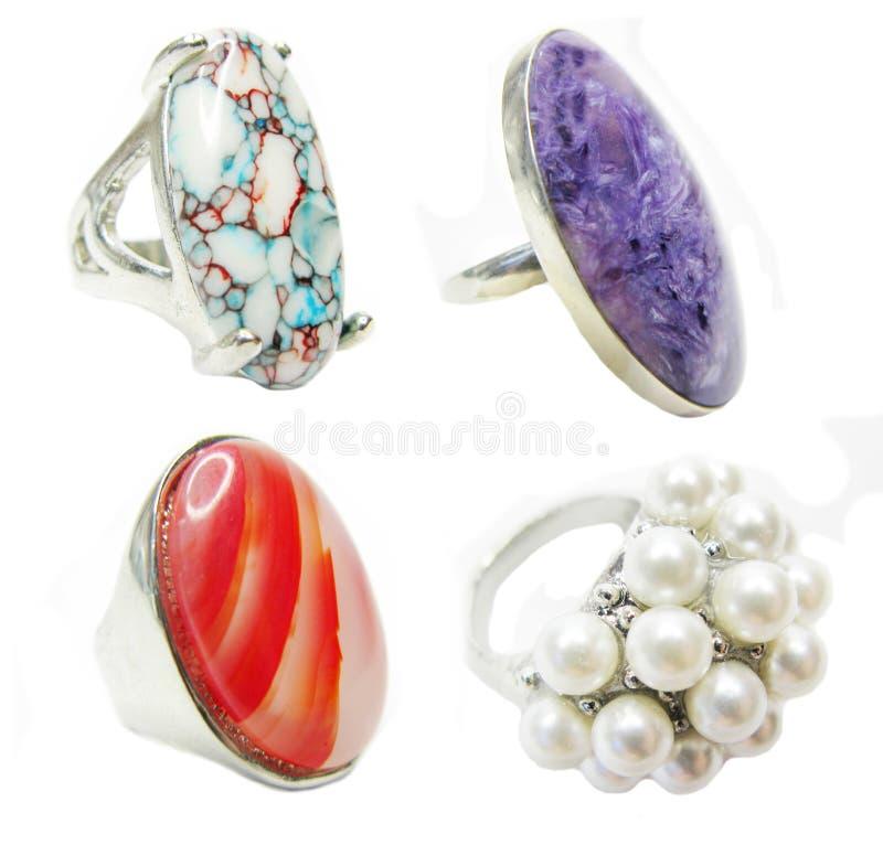 Anéis brilhantes com cristal natural imagem de stock royalty free