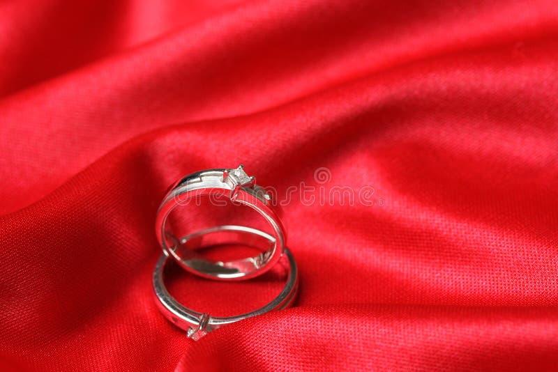 Anéis de casamento fotografia de stock