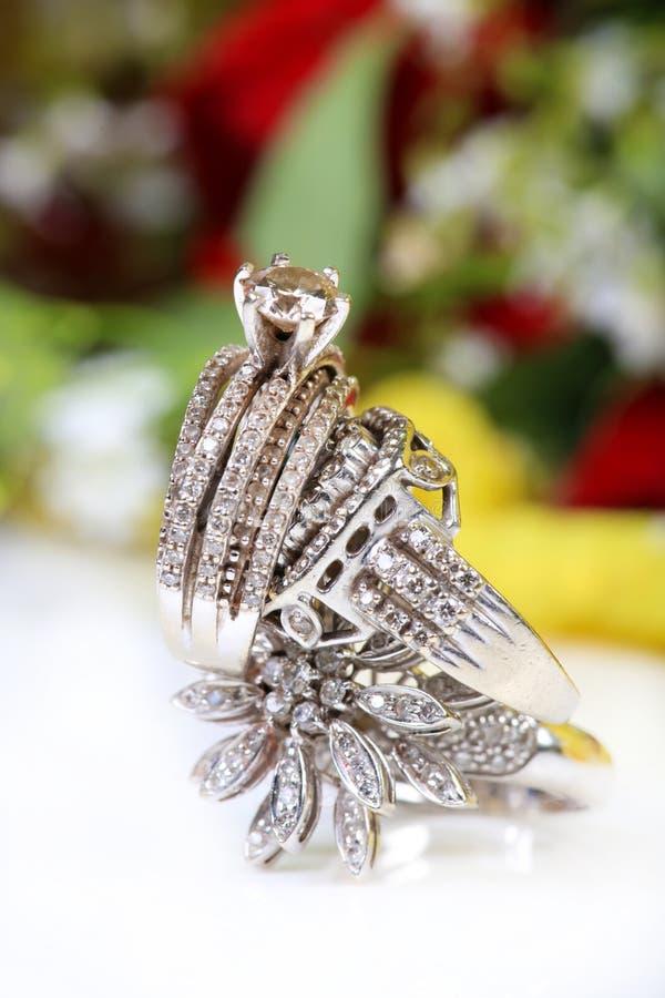 Anéis de casamento foto de stock