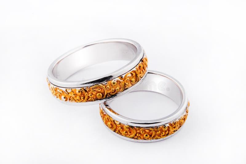 Anéis de casamento Handcrafted fotos de stock royalty free