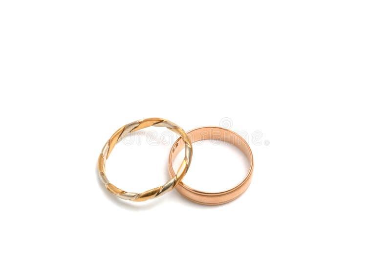 Download Anéis de casamento no ouro imagem de stock. Imagem de elogios - 526151