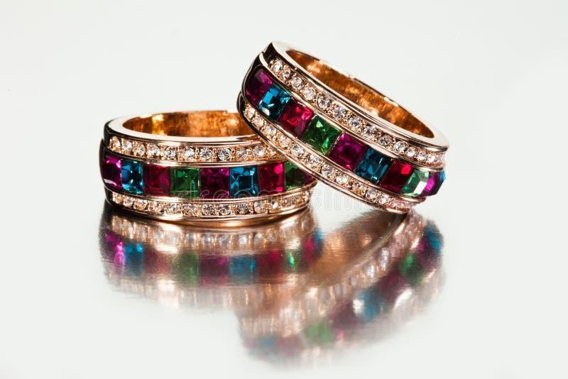 Anéis ou braceletes fotografia de stock royalty free