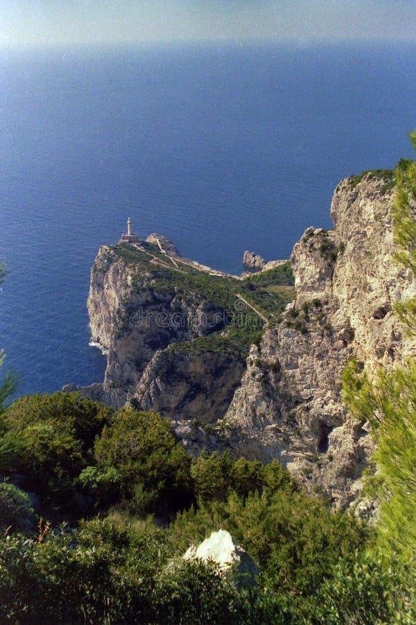 ANACAPRI, ITALIEN, 1983 - der Leuchtturm von Anacapri beherrscht das Meer von Punta Carena stockfotos