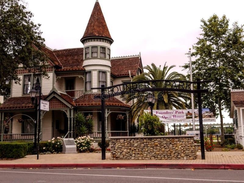 Anaheim grundare parkerar - moderkolonihuset - byggt i 1857 royaltyfri fotografi