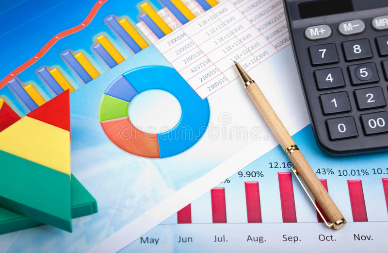 Analisi finanziaria fotografia stock libera da diritti