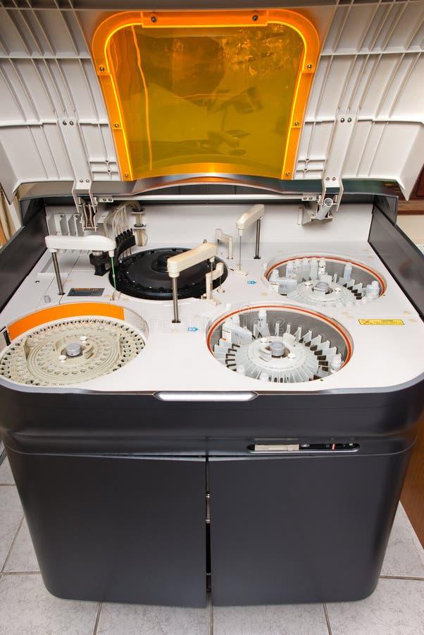 Analizador bioquímico foto de archivo