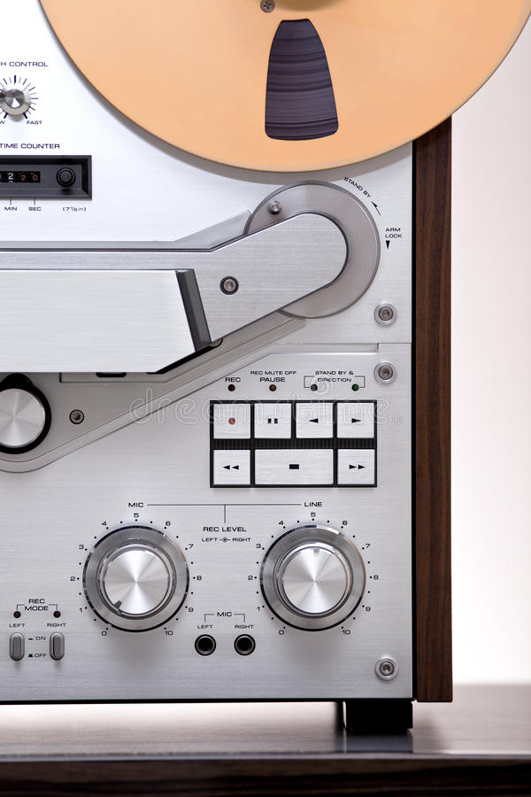 Download Analog Stereo Open Reel Tape Deck Recorder Stock Image - Image of loud, open: 23472817