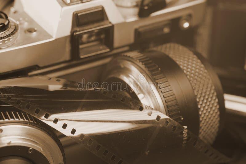 Analogowa kamera z obiektywami Sortujący fotografia film fotografia royalty free