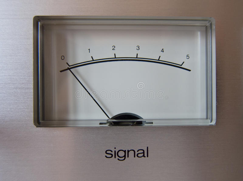 Analogsignal VU-Messinstrument lizenzfreie stockfotos