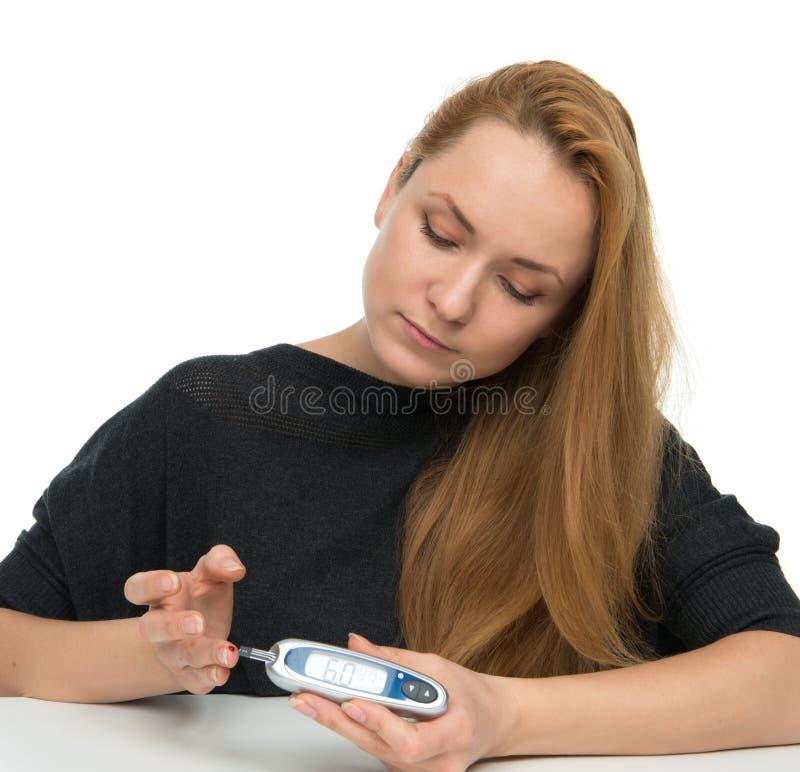 Analyse de sang de niveau de mesure patiente diabétique de glucose utilisant ultra photo stock