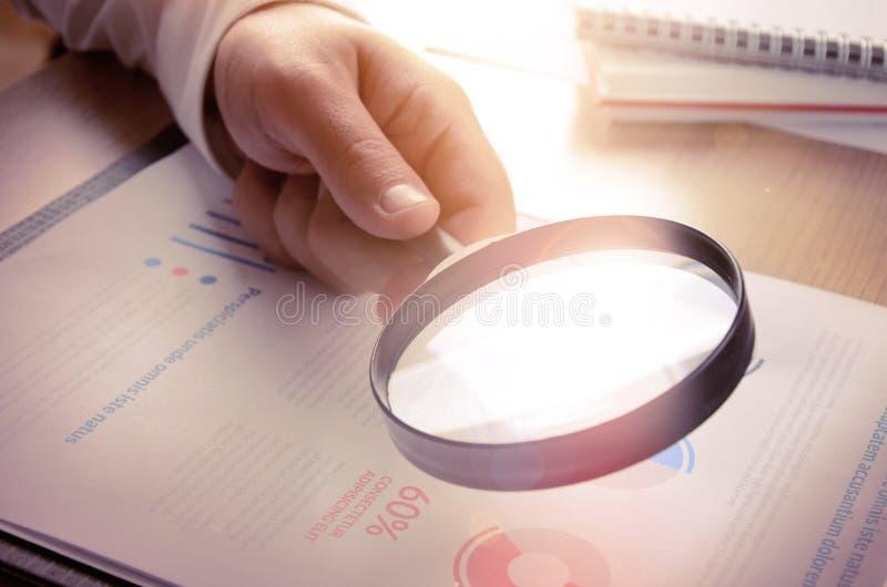 Analytics et statistiques d'affaires images libres de droits