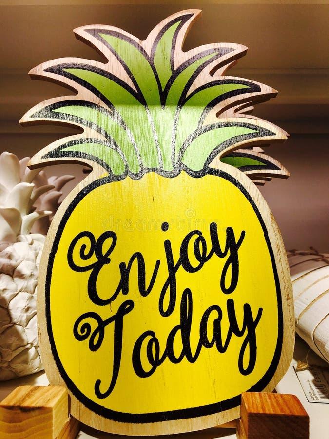 Ananas, ananas, jaune, fruit image libre de droits