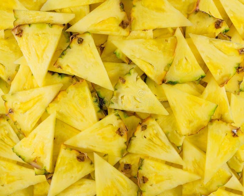 Ananas del taglio delle fette fotografie stock