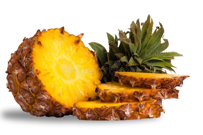 Ananas die op wit wordt geïsoleerdT stock fotografie