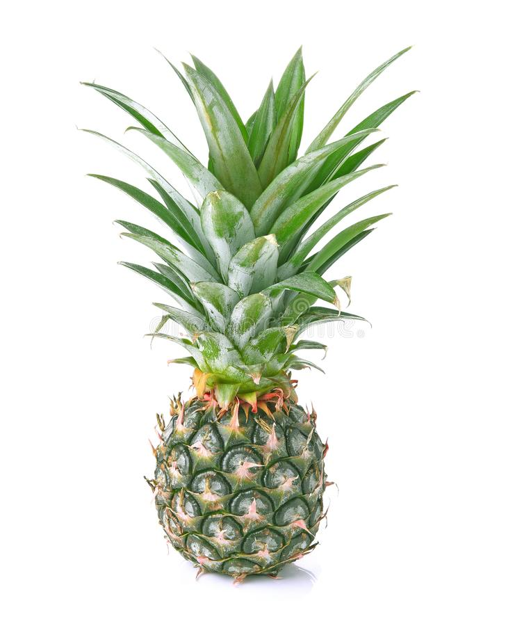 Ananas op witte backgound wordt ge?soleerd die stock foto