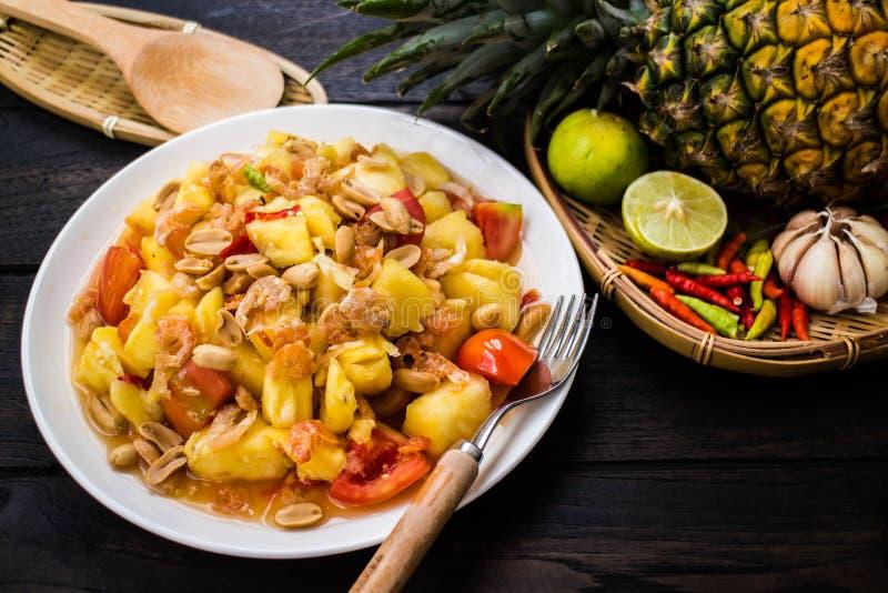 Ananas-Salat Som-Tums Ananas stockfotos