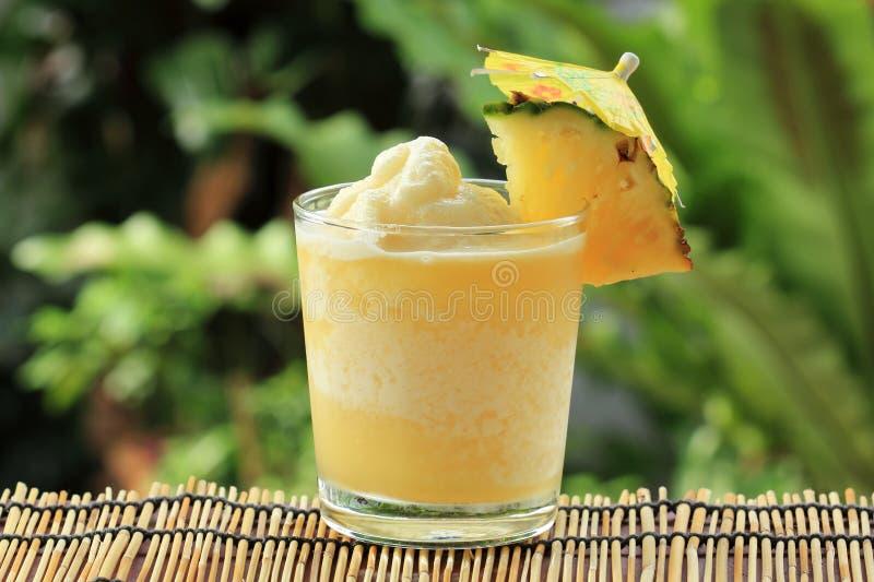 Ananas Smoothie stock afbeelding