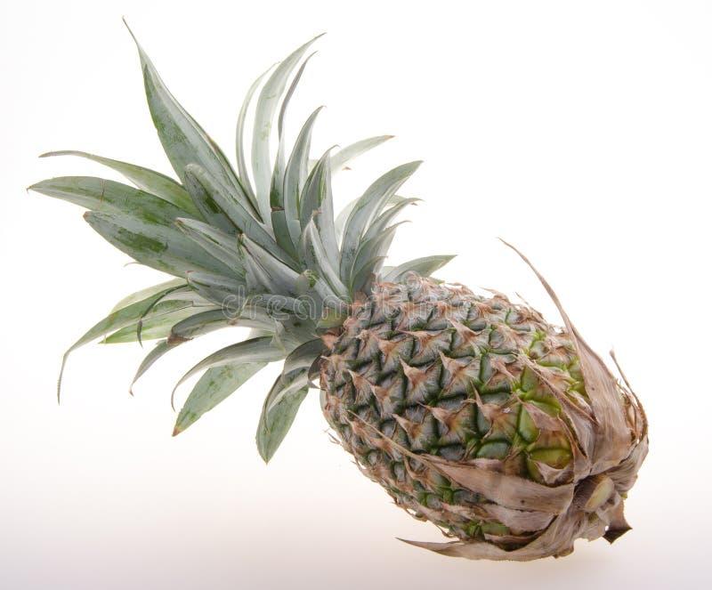 Ananas, Ananas tropisch fruit op achtergrond stock foto