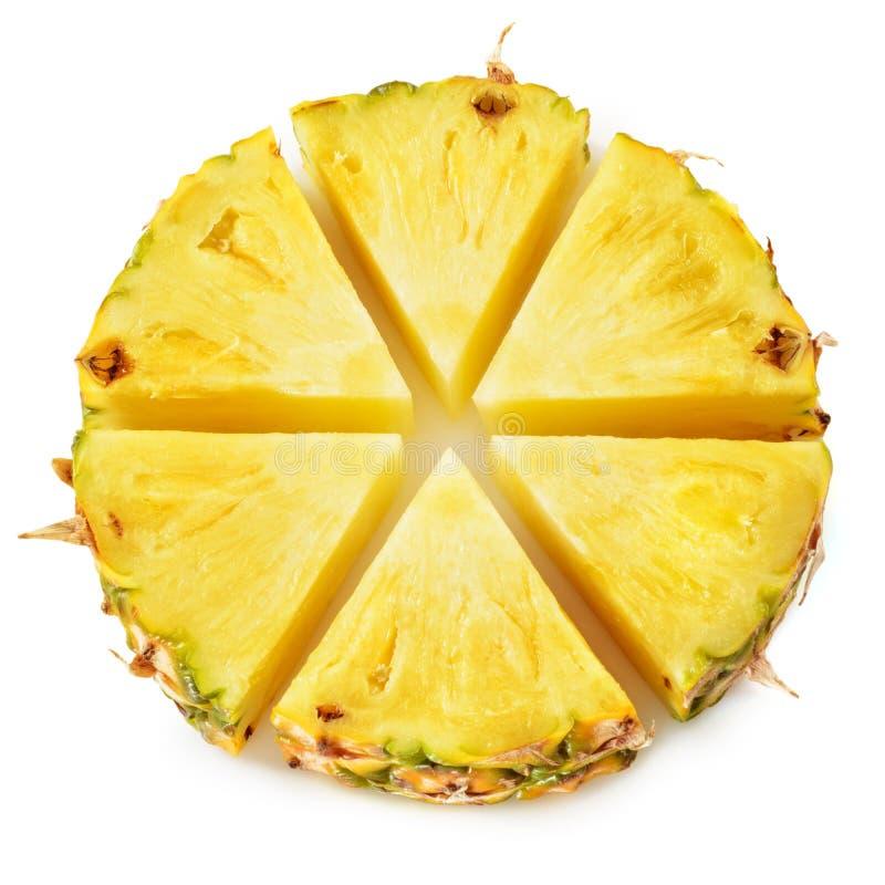 Ananascirkel Fruktstycken som isoleras på vit arkivbild