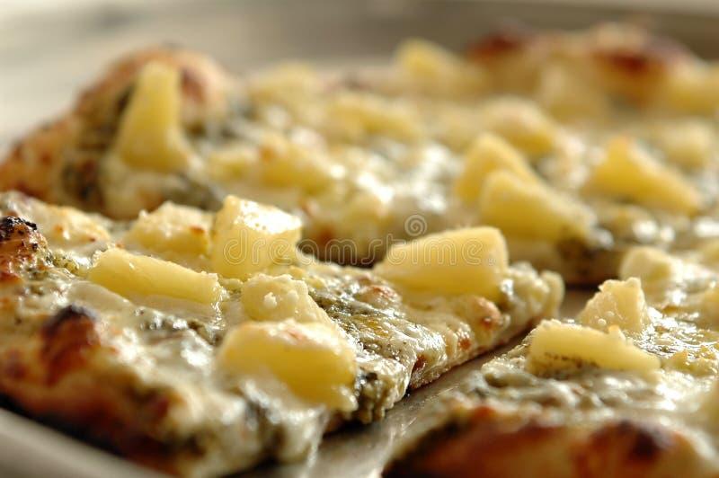 Ananaspizza lizenzfreies stockbild