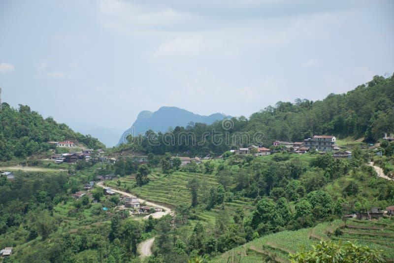 Ananpurna bergskedja, Nepal arkivfoto