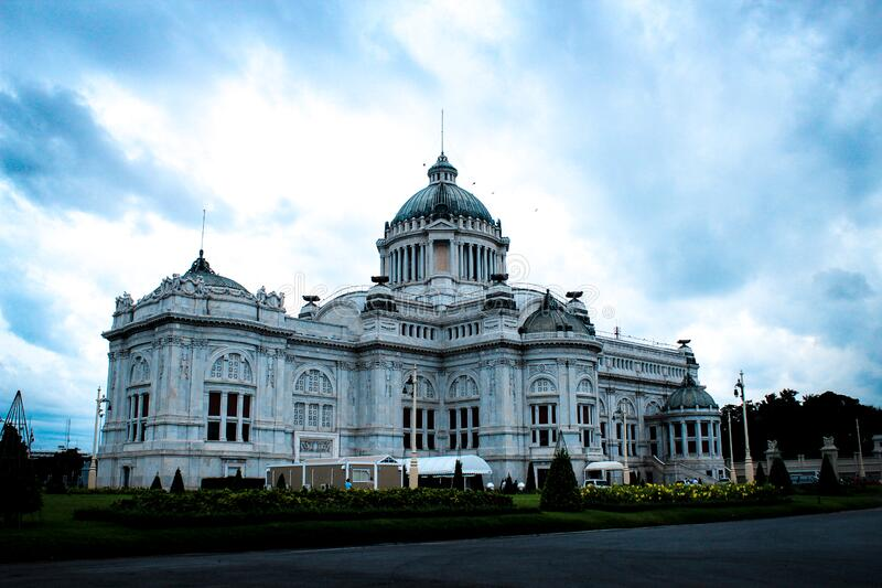 Ananta Samakhom Throne Hall Free Public Domain Cc0 Image