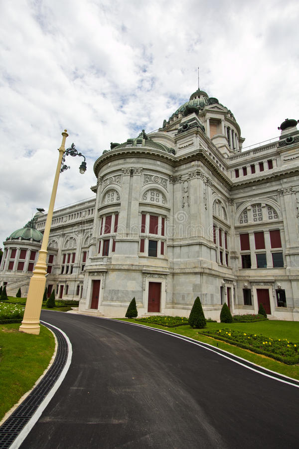 Download Anantasamakom throne hall stock image. Image of background - 20727127