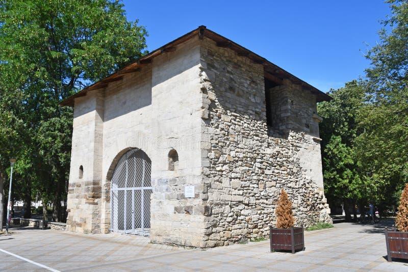 """Anapa, Russia, """"portone russo """"- il resti della fortezza turca del secolo XVIII nel giorno di estate soleggiato immagini stock"""