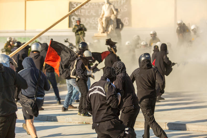 Anarchistenprotesten in Athene, Griekenland stock foto