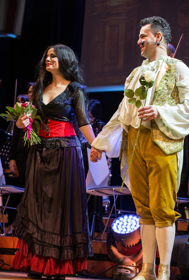 Anblick som presenterar Filharmonia Futura och M Walewska - operan är liv, royaltyfria bilder