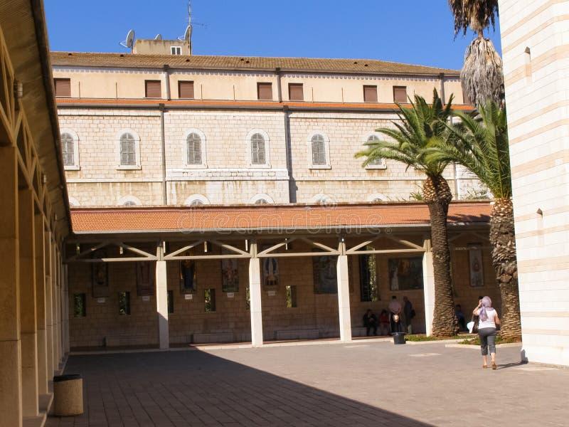 Anblick von Nazaret, ein Überblick über die Gebäude und die Anziehungskräfte von Nazaret nach innen, der Innenraum von Kathedrale lizenzfreie stockfotografie