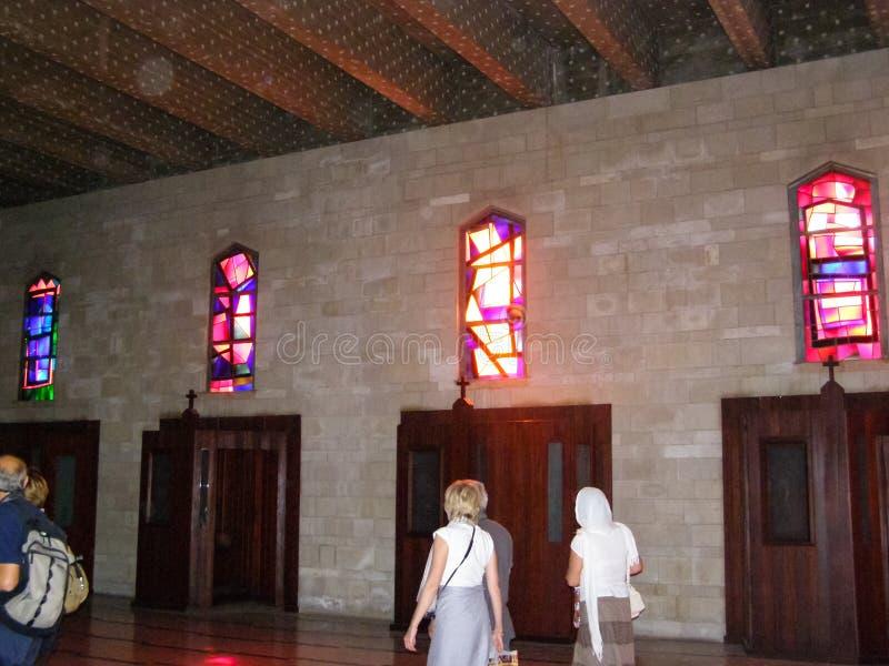 Anblick von Nazaret, ein Überblick über die Gebäude und die Anziehungskräfte von Nazaret nach innen, der Innenraum von Kathedrale stockbild