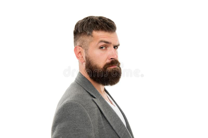 Anca ed alla moda Cura della barba e dei capelli Uomo barbuto Cura maschio del barbiere Pantaloni a vita bassa maturi con la barb immagine stock