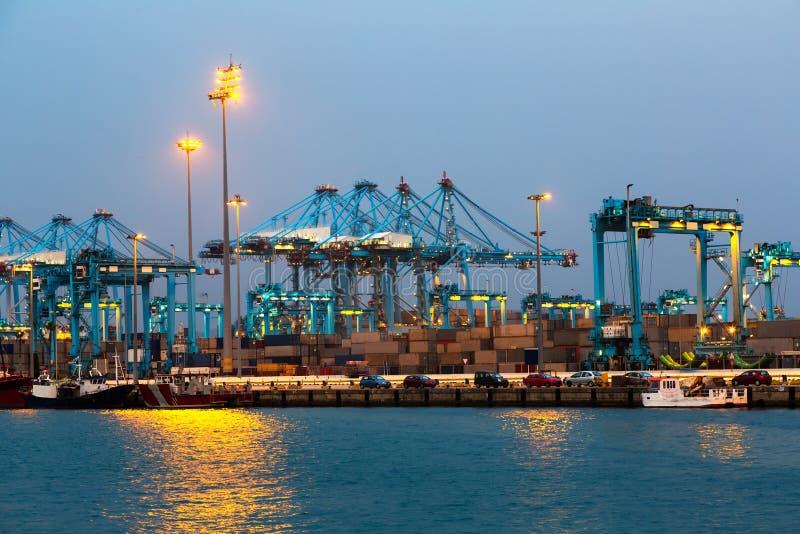 Download Anche Visualizzazione Di Porta Fotografia Stock - Immagine di spain, seaport: 56877566