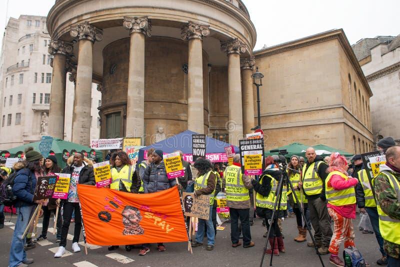 Anci rządowi protestujący przy Brytania Są Łamanego, wybór powszechny demonstracją w Londyn/Teraz zdjęcia stock