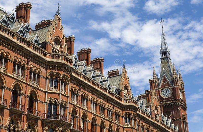 Ancien hôtel grand intérieur dans les Rois Cross image libre de droits