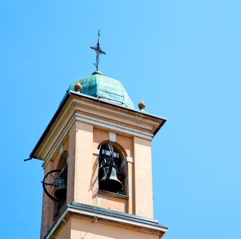 ancien klokketoren in de de oude steen en klok van Italië Europa stock afbeelding