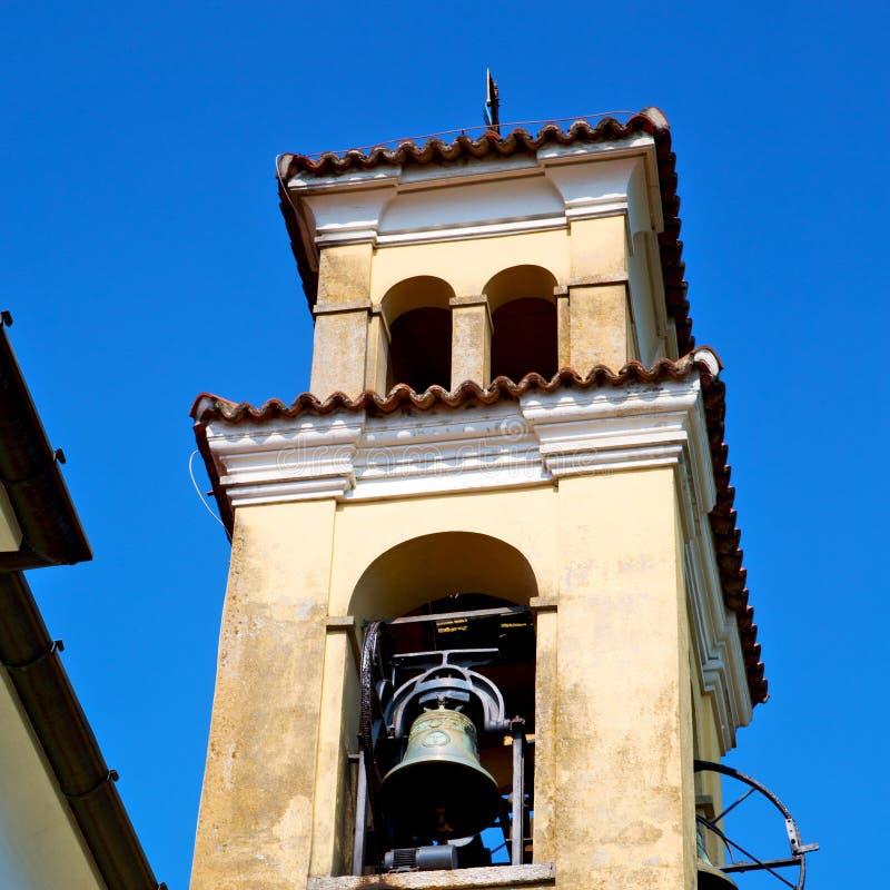 ancien klokketoren in de de oude steen en klok van Italië Europa royalty-vrije stock foto's
