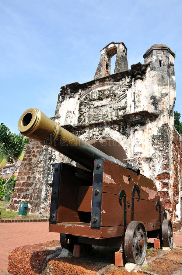 Free Ancient Cannon Stock Photos - 16921613