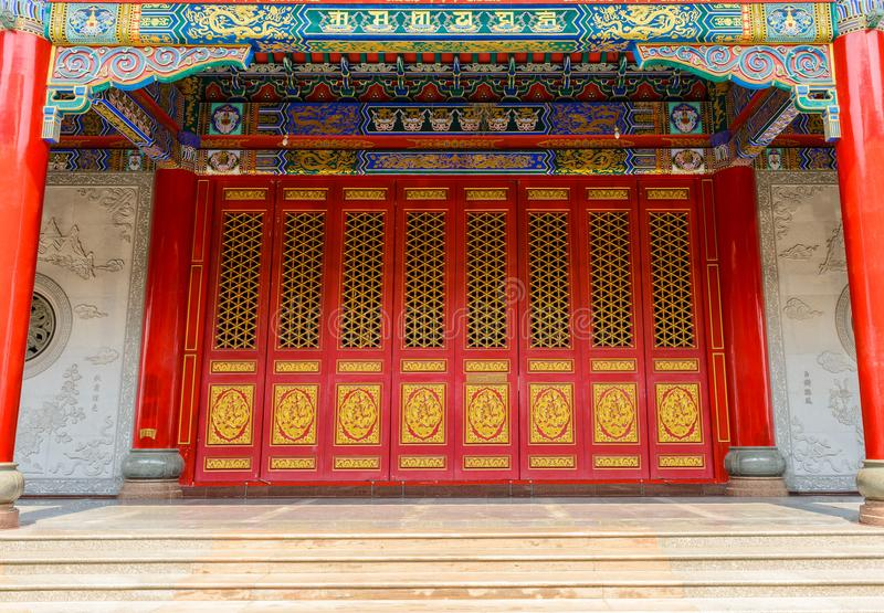 Ancient door and traditional Chinese Temple building royalty free stock photos