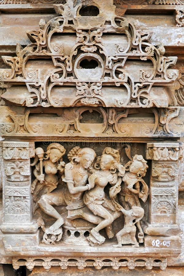 Ancient Hindu Sculpture Decoration at Ancient Hindu Temple i Chittorgarh Fort of Rajastan, Indien royaltyfri fotografi
