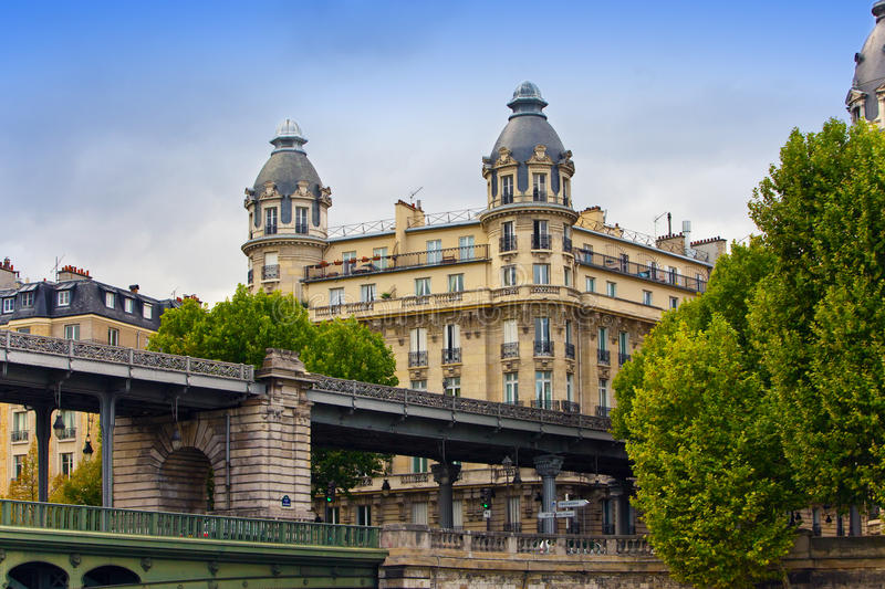 Download The Ancient House Behind The Bridge In Paris Stock Image - Image: 20755709